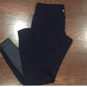 lululemon athletica Pants - Lululemon reversible leggings